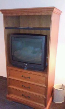 Motel 6 Jacksonville: Old TV
