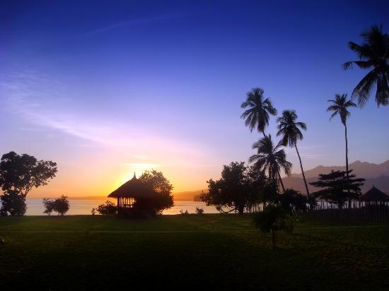 Hotel Tugu Lombok - Sunrise over mount Rinjani