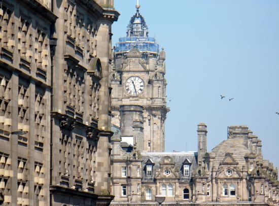Milla Real: Architecture from Royal Mile
