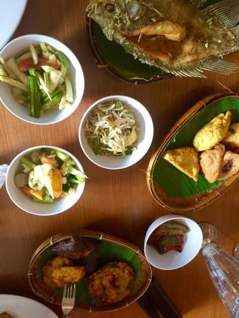 The array of fresh authentic foods at Bumbu Desa