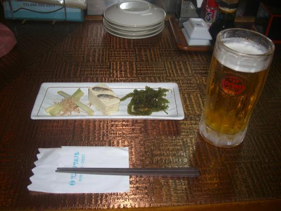 Okinawa Sunplaza Hotel: 定食の珍味と生ビール