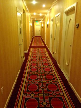 Kimpton Hotel Monaco Salt Lake City: Hallway