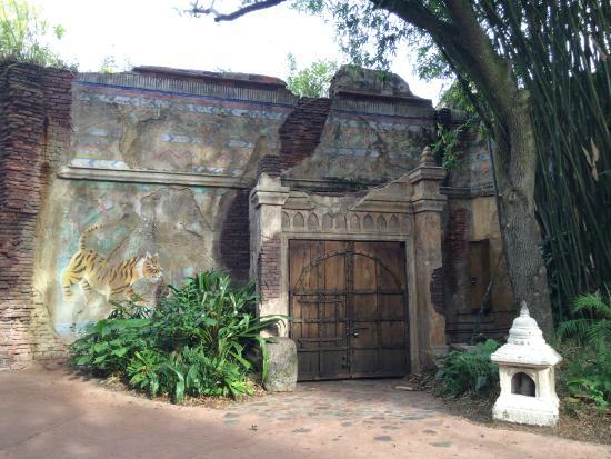 Disney's Animal Kingdom: Beautiful India