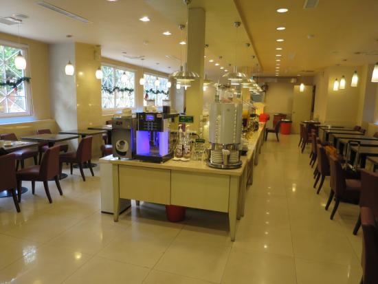 Kindness Hotel - Xiongzhong: カフェスペース