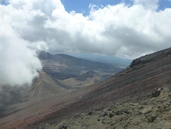 Mount Ngauruhoe: The view and the steep slope halfway up