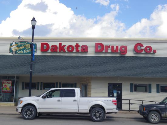Stanley, ND: Old school pharmacy