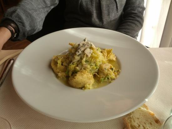 La Loggetta Ristorante: tortelloni con verza e gorgonzola