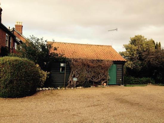 Potting shed norfolk for Garden shed tripadvisor