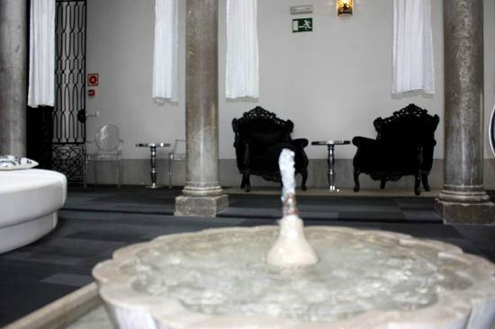 Marquis Portago: Patio interior