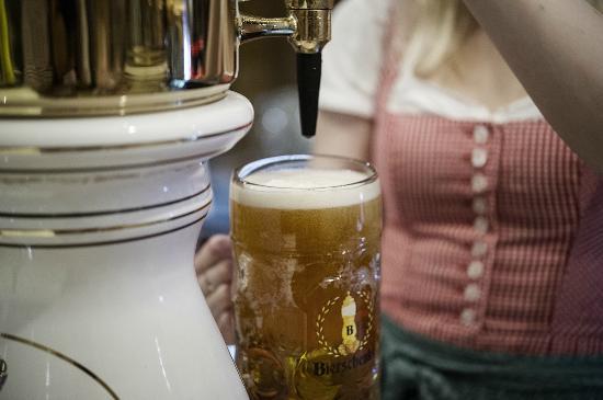 Bierschenke : .