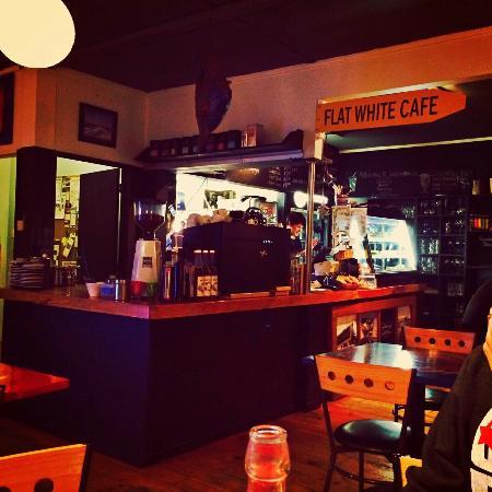 Flatwhite : Flat white café