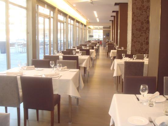 Restaurante restaurante castillo de ayud en calatayud con - Castillo de ayud calatayud ...