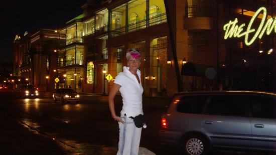 เดอะออร์ลีนส์ โฮเต็ล&คาสิโน: Die Nacht vom Hotel