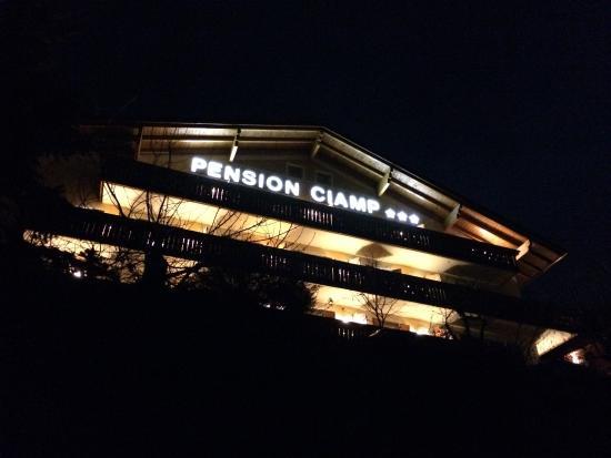 Pension Ciamp : Ciamp at night