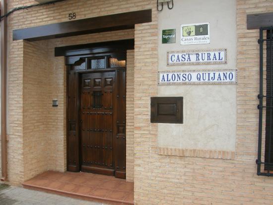 Casa Rural Alonso Quijano