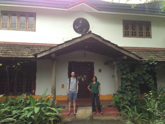 Villa Prakriti Homestay: Matthew and Meena