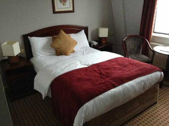 Cassidys Hotel: My single room with double bed