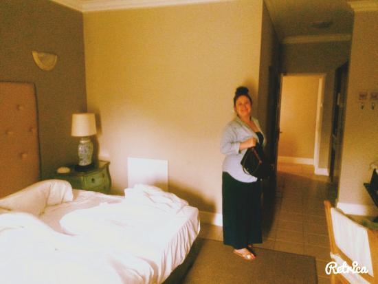Mandyville Hotel: Great Room