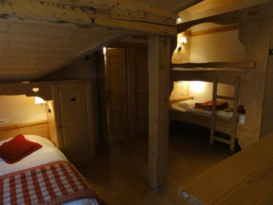Chalet Hotel Fleur des Neiges: chambres