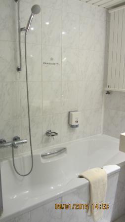 Hotel Princess: Salle de bain