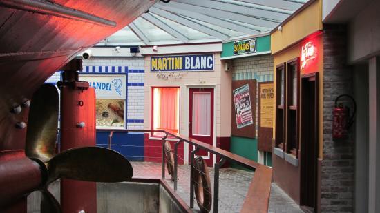 Museumschip Amandine : La reconstitution des magasins de l'époque