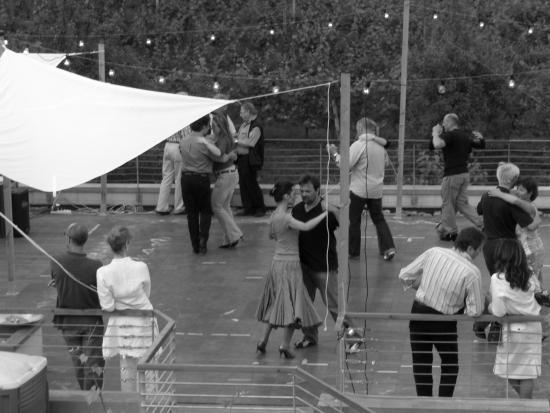 D'Orsaria B&B and Wine: ballo in terrazza cantina