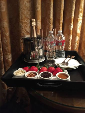 Omni San Francisco Hotel: Anniversary gift from the Omni