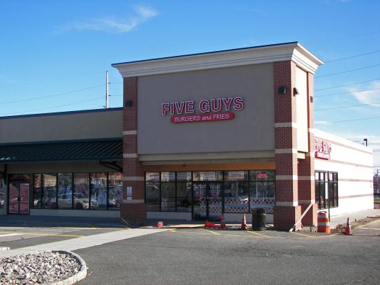 Five Guys Burger and Fries: Five Guy's