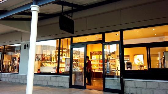 Godiva, Kobe Sanda Premium Outlet