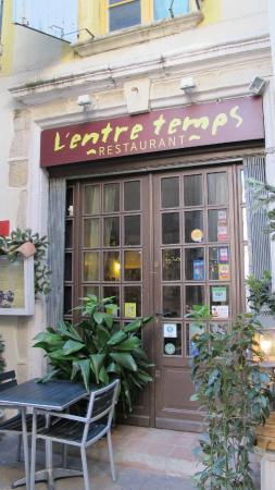 L'Entre-Temps: A hidden gem just behind Narbonne's central square.