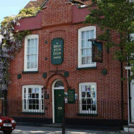 Broad Street Tavern: A friendly pub!