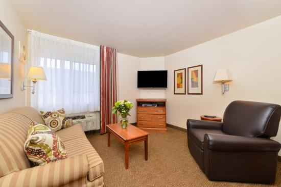One Bedroom Suite Living Room Picture Of Candlewood Suites