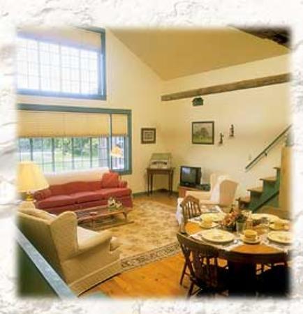Cornerstone Suites : Cornerstone Suite Living Room