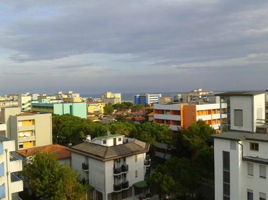 Hotel Residence Luciana: panorama dalla piscina sul tetto