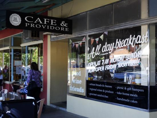 Food Wine Friends: The Cafe