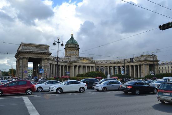 Привет Питер: Казанский собор
