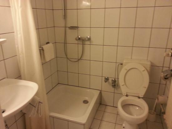 Hotel Empire : Ванная