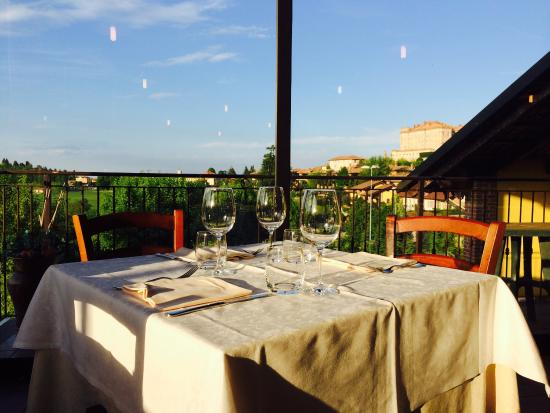 Guarene, Italia: Vista veranda