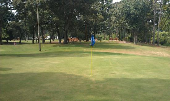 Cane Patch Par 3 & Driving Range
