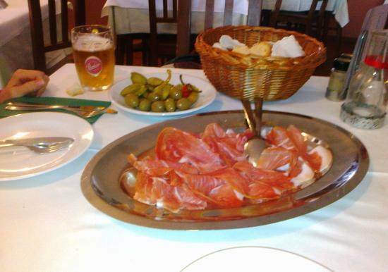 Gostilna Skok: il prosciutto  speciale...