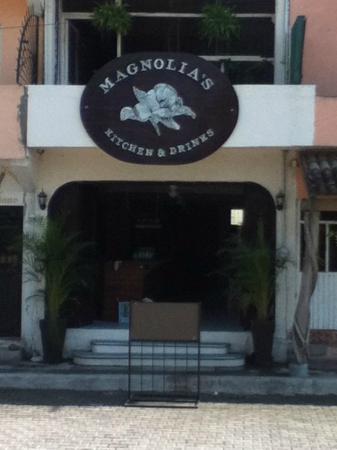 Magnolia's Kitchen & Drinks