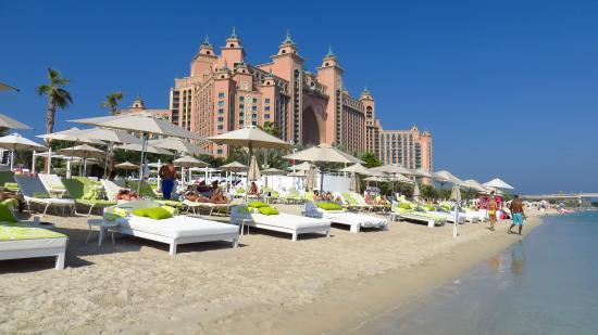 Nasimi Beach Blick3