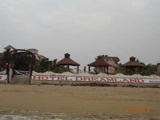 Hotel Dreamland: Exactly on the beach