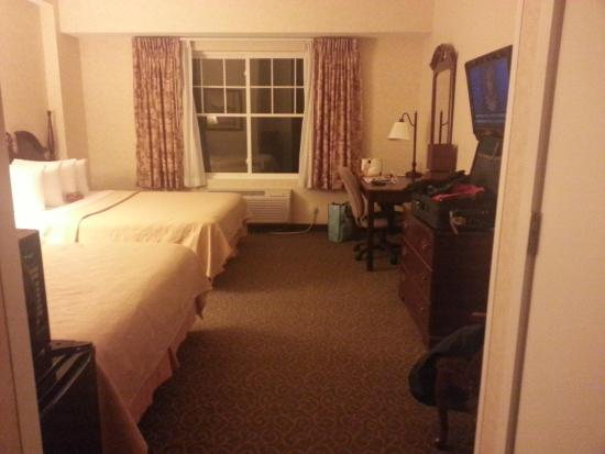 Quality Inn & Suites Maine Evergreen Hotel: 3rd floor room