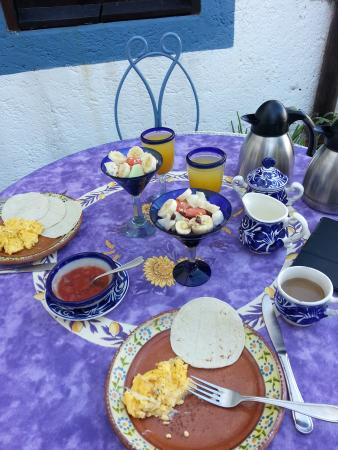 Tamarindo Bed and Breakfast: delicious breakfasts
