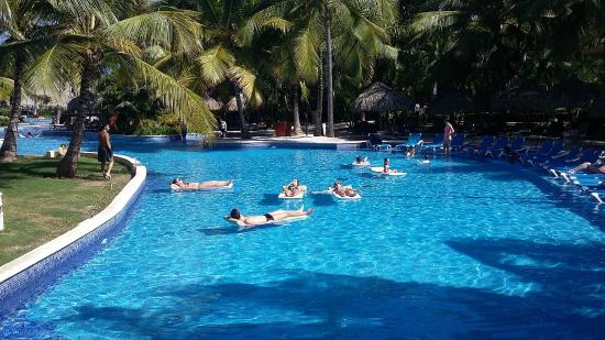 Enorme piscina