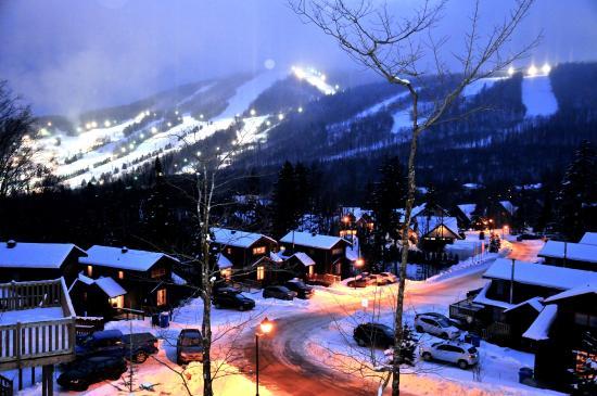Les Chalets Alpins : Vue extérieur du 13 Chemin Alpins