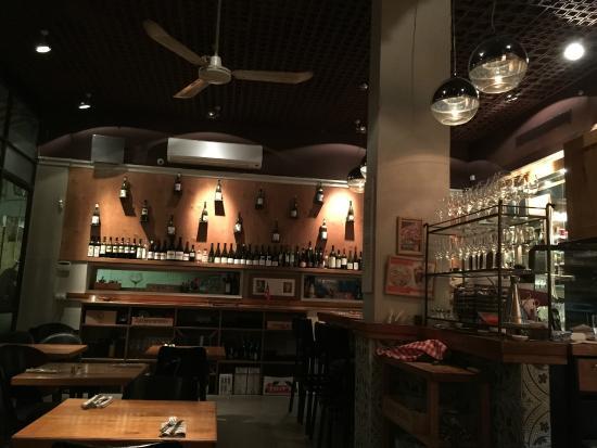 Tchernichovsky 6: Restaurant