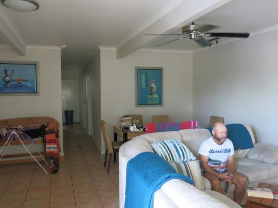 Airlie Apartments: Inside apartment 3