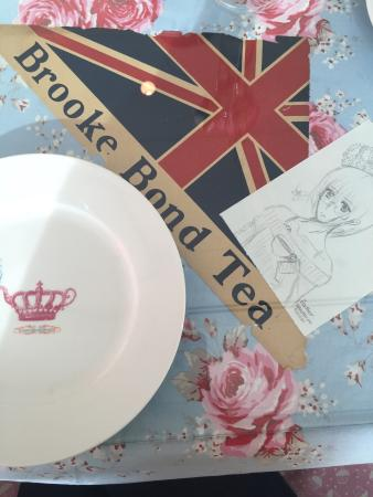 Crown and Crumpet: So cute